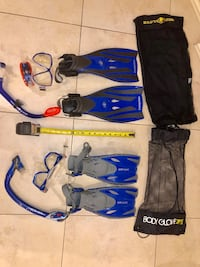 Snorkelling set, good brand, Body Glove , fun , traveling bag included small and medium sizes adjustable two set for $60 Richmond Hill, L4C 1A4
