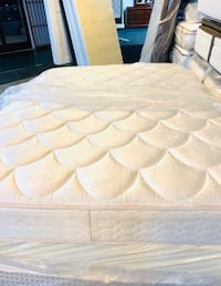 Queen size pillow top mattress plush comes with boxspring serious