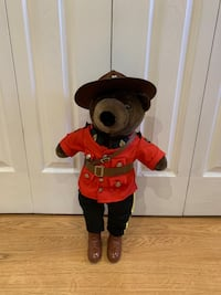 J.J. Wind Patriot Bear 1986 Canadian Mountie Markham, L3T 3L4