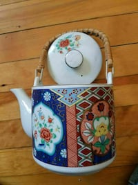 white, blue, and red floral ceramic teapot Worcester, 01610