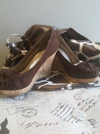 Size 6 brand new wedges and new purse too!!! Albuquerque, 87105