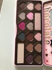 Too faced chocolate bon bon palette  Milton, L9E 1K2