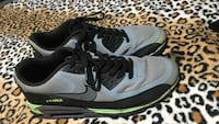 Air Max's size 9.5 $20 obo need gone today  Sapulpa, 74107