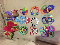 Small lot of baby toys Montréal, H3M 2G9