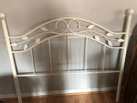 white and gray bed mattress Hagerstown, 21740