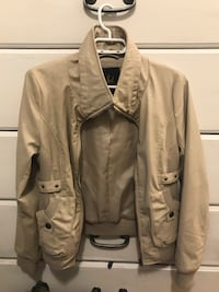 Medium Women's Beige Jacket Vancouver, V6E 1P1