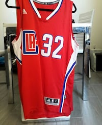 red and white LA 32 basketball shirt Los Angeles, 90028