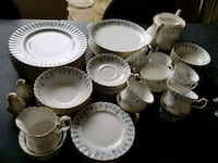 """ROYAL ALBERT """"MEMORY LANE """" For 8 Persons and 6 Pieces Per Setting Mississauga, L5J 2E3"""