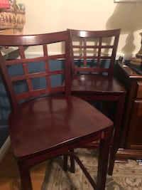 Brown wooden barstool chairs 22 mi
