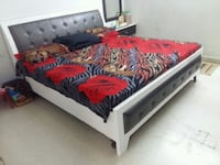 white and red wooden bed frame Delhi, 110085