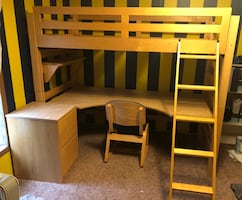 Twin loft bed with desk set
