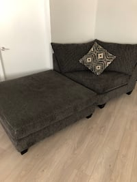 Living Spaces Love Seat With Ottoman GLENDALE