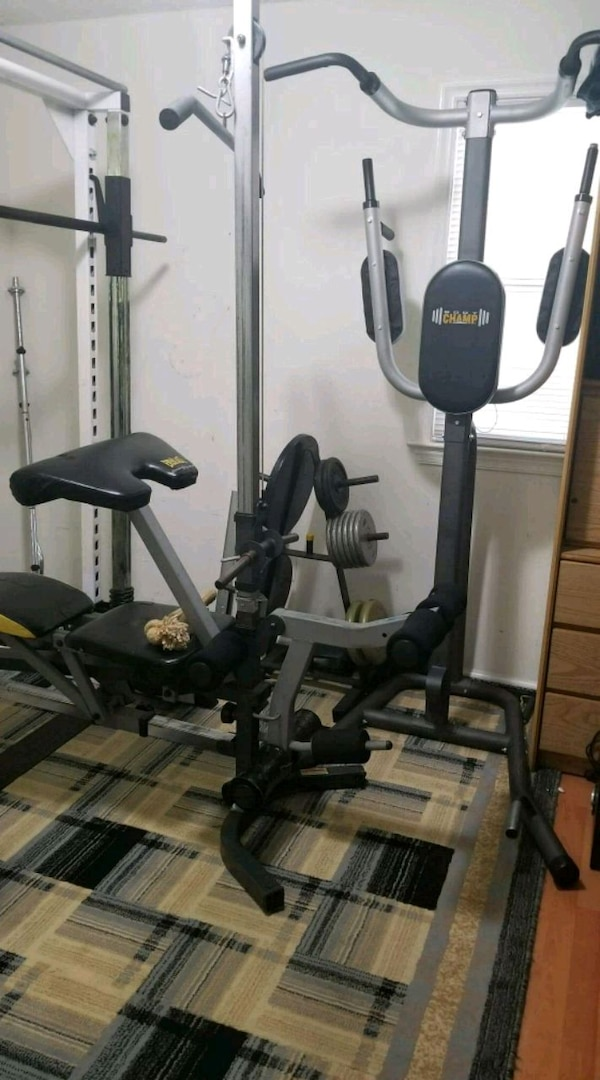 smith machine with bench and 350lb and attachments