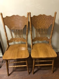 Two Dining Chairs in Excellent condition 506 mi