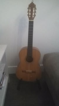 Ecoustic guitar Surrey, V4N 5V7