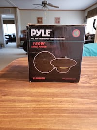 Pyle 6.5 marine speakers  Silverhill, 36576