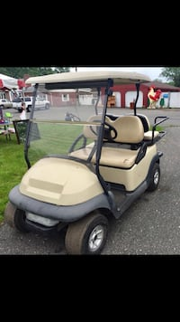 Golf cart 2005 club car precedent with charger Norristown, 19403