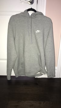 gray Nike zip-up jacket LaSalle, N9J