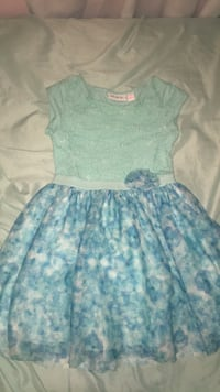 Girls dress size 5/6 Concord, 94519