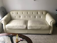 Couch Fullerton, 92831