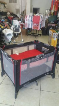 red and black travel cot Las Vegas, 89104