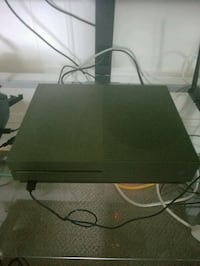 Xbox one s 1tb with 2 controllers and games