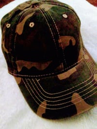 black and brown camouflage cap 54 km