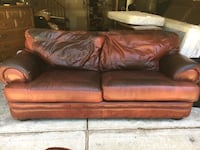 Very comfortable Genuine leather sofa  Suffolk, 23433