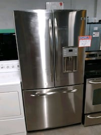 GE STAINLESS STEEL FRENCH DOORS FRIDGES WORKING PERFECTLY 4 MONTHS WAR Baltimore, 21201