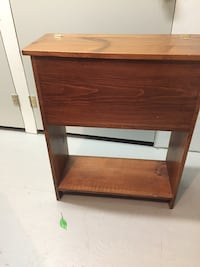 Solid oak Mennonite made mitten chest (mittens not included) Langley, V3A 0J5
