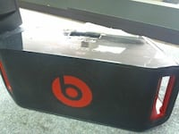 Beats by dre boombox wirless bluetooth hands free