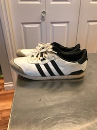 Women's size6 adidas shoes