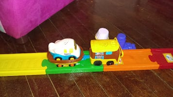 Kids Go Go & Learn train set,