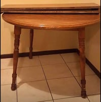 Dining table with Chairs  386 mi