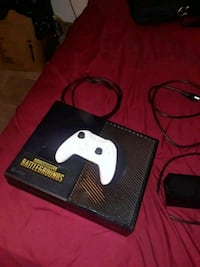 Xbox one with 12 games 1627 mi