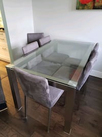 Dinning room table and chairs