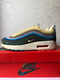 Sean Wotherspoon 97s Size 8.5  Niagara-on-the-Lake, L0S