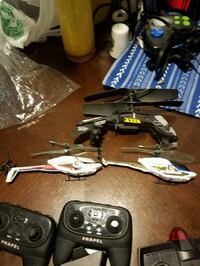 Helicopters with controllers and chargers  Indianapolis, 46214