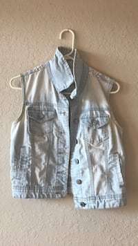 blue denim acid-washed button-up vest Saint Petersburg, 33713
