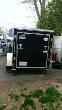 5 by 8 enclosed trailer Middle River, 21220