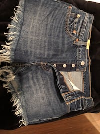 Levi's 501 denim shorts - new tags on Toronto, M3C 4J1