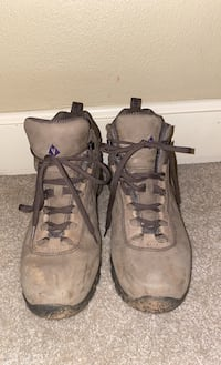 Basque hiking boots size 11