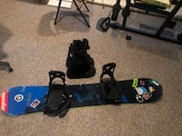 Burton snowboard with brand new boots and bindings Horace, 58047