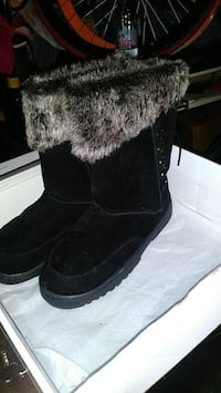Fur boots available for free