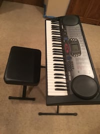 Casio CTK-558 100 Song Bank Keyboard w/stand and seat