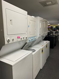 Laundry center excellent condition  Windsor Mill, 21133