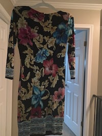 Beautiful CACHE floral dress size 0 Silver Spring, 20904
