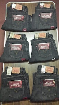 Mens relaxed fit levis.size 29 30 31