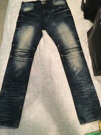 blue-washed whiskered jeans 47 km