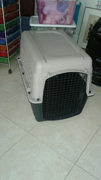 white and black pet carrier Melbourne, 32940